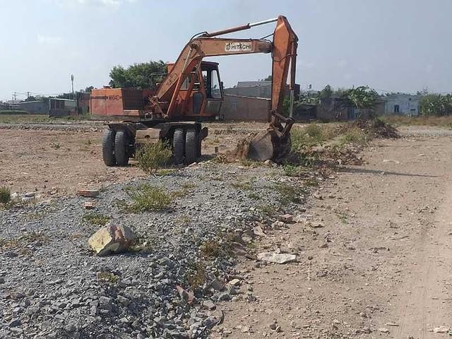 Đua nhau băm nát đất nông nghiệp ở Bình Chánh - Ảnh 1.