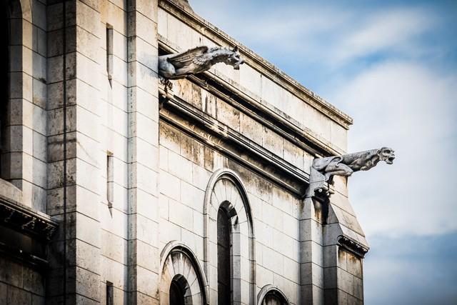 Sửng sốt với 8 bí mật về Nhà thờ Đức Bà Paris: Điều thứ 3 khiến không ít người nổi da gà! - Ảnh 2.