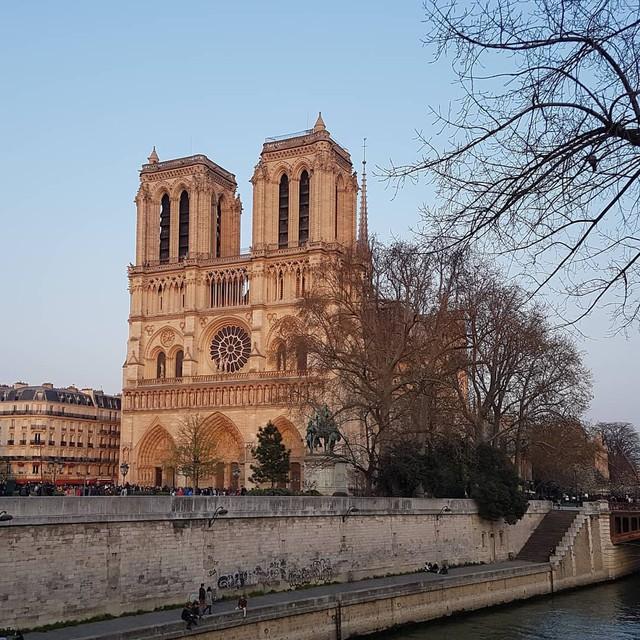 Sửng sốt với 8 bí mật về Nhà thờ Đức Bà Paris: Điều thứ 3 khiến không ít người nổi da gà! - Ảnh 6.