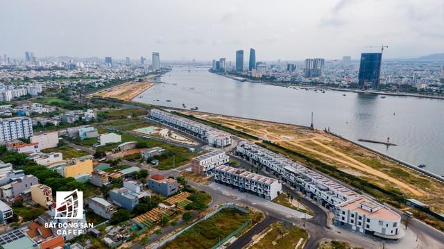 Toàn cảnh dự án khu biệt thự cao cấp được cho là lấn sông Hàn Đà Nẵng, Thanh tra Chính phủ kết luận nhiều sai phạm - Ảnh 8.