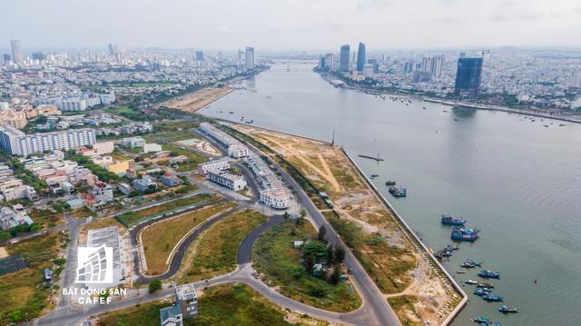 Toàn cảnh dự án khu biệt thự cao cấp được cho là lấn sông Hàn Đà Nẵng, Thanh tra Chính phủ kết luận nhiều sai phạm - Ảnh 9.