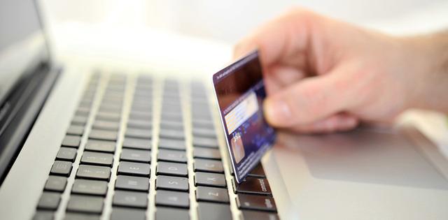 Deloitte: Giảm giá vẫn là yếu tố hàng đầu quyết định việc mua hàng online của người Việt - Ảnh 2.