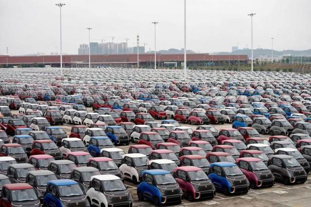 Bong bóng xe điện 18 tỷ USD của Trung Quốc đứng trước nguy cơ vỡ tung - Ảnh 1.