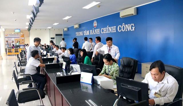 Kết quả điều tra từ PAPI 2018: Người Việt Nam sẵn sàng trả tiền điện cao hơn nếu sản xuất thân thiện với môi trường - Ảnh 1.