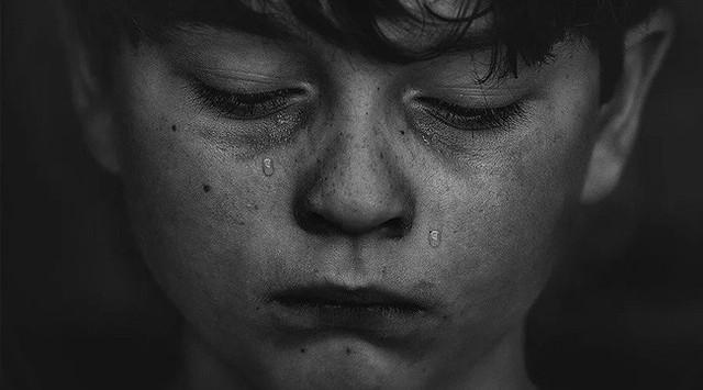Vụ thiếu niên 17 tuổi tự vẫn trước mặt mẹ: Trước khi trách đứa trẻ bồng bột thì hãy xem bố mẹ đã làm tròn bổn phận hay chưa? - Ảnh 3.