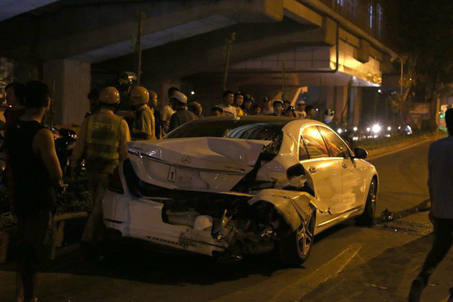 Vụ xe điên đâm nữ công nhân tử vong: Tài xế say xỉn cả đêm, cảnh sát không thể lấy lời khai - Ảnh 1.