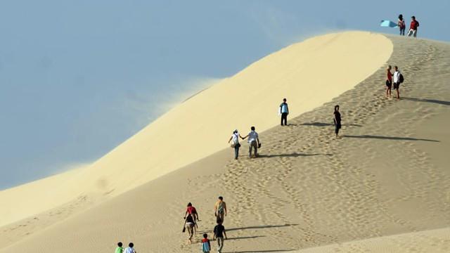 7 bãi biển tuyệt đẹp tại Việt Nam cho kỳ nghỉ lễ 30/4 - Ảnh 1.