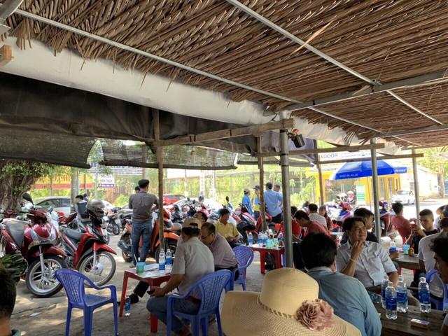 Nhộn nhịp giao dịch nhà đất tại Nhơn Trạch (Đồng Nai), phòng công chứng quá tải - Ảnh 3.