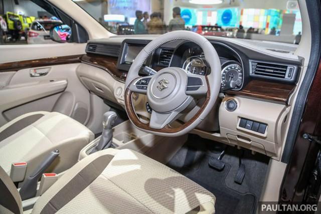 Giá rẻ hơn 140 triệu đồng, mẫu ô tô mới xuất hiện tại VN của Suzuki có gì? - Ảnh 5.