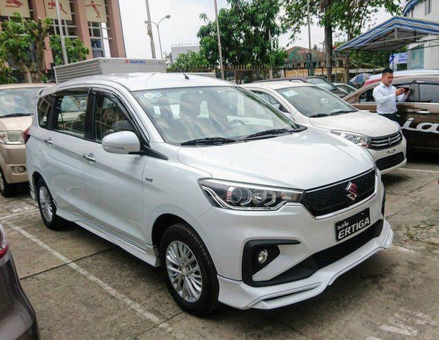 Giá rẻ hơn 140 triệu đồng, mẫu ô tô mới xuất hiện tại VN của Suzuki có gì? - Ảnh 8.