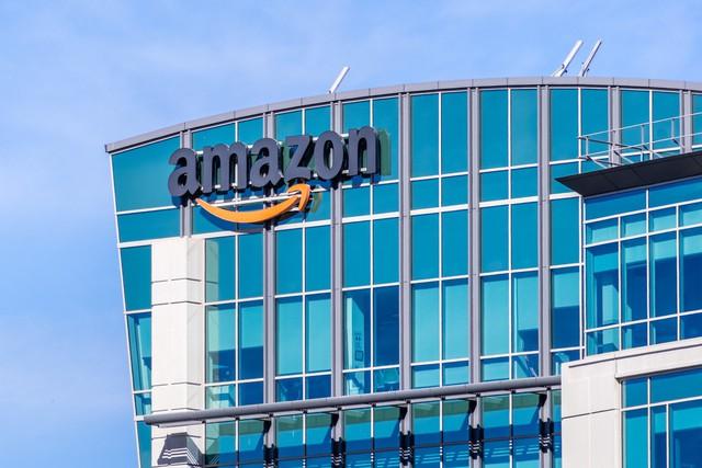 Jeff Bezos vẫn hài hước khi viết thư gửi cổ đông Amazon năm nay, nhưng 2 câu này mới là điều đáng chú ý nhất: Muốn thành công, nhất định phải đọc qua một lần! - Ảnh 2.