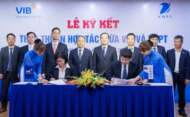 VNPT và Ngân hàng VIB ký kết hợp tác toàn diện - Ảnh 1.