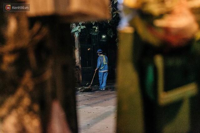 Sự ra đi của nữ công nhân môi trường và nỗi ám ảnh người ở lại: Những phận đời phu rác bám đường phố Hà Nội mưu sinh - Ảnh 11.