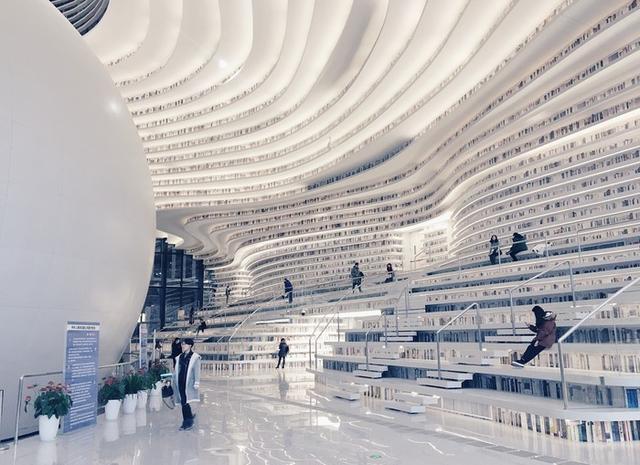 Choáng ngợp với vẻ đẹp của thư viện quốc dân lớn nhất Trung Quốc: Hoành tráng đến mức nhìn không thua gì phim trường! - Ảnh 13.