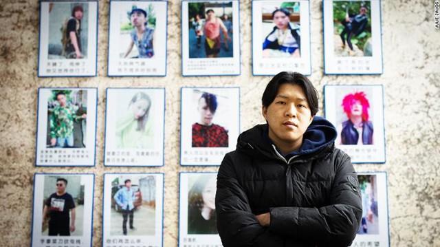 Anh nông dân chăn lợn Trung Quốc bỗng chốc trở thành ngôi sao mạng xã hội kiếm được gần 3000 USD mỗi tháng nhờ xu hướng live-stream - Ảnh 1.
