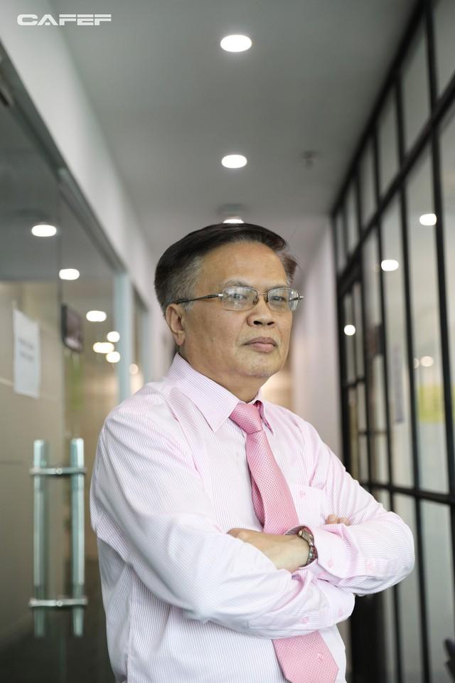 TS. Nguyễn Đình Cung nói gì về hệ quả của việc ưu tiên nguồn lực cho các chaebol Việt Nam? - Ảnh 6.