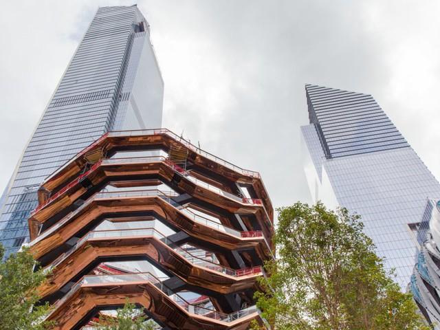 Chùm ảnh ngày ấy - bây giờ của những địa điểm hot nhất New York: Dù là ngày xưa hay bây giờ thì thành phố này vẫn luôn đẹp và hào nhoáng - Ảnh 24.