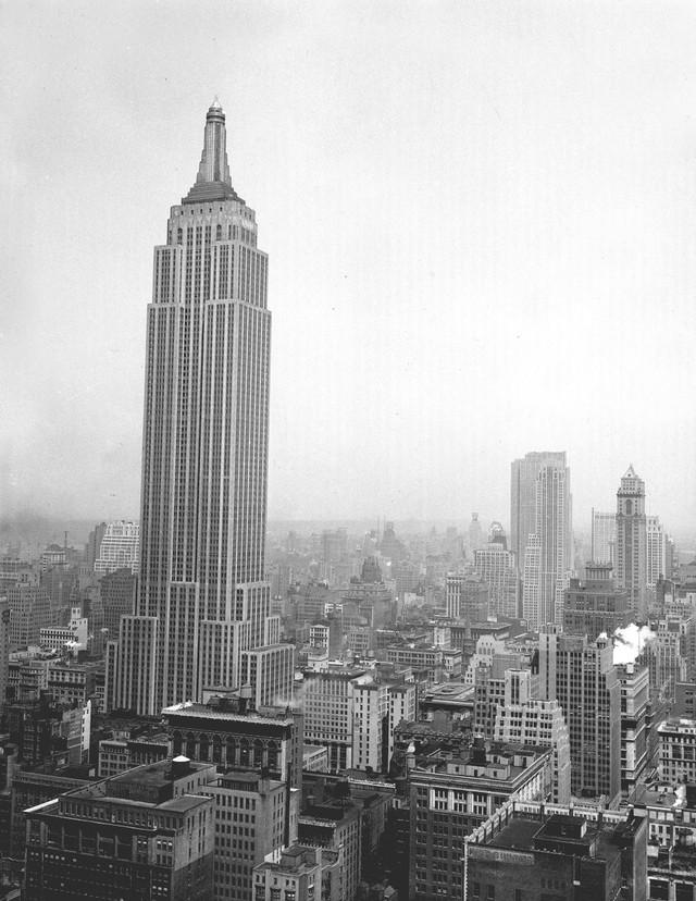 Chùm ảnh ngày ấy - bây giờ của những địa điểm hot nhất New York: Dù là ngày xưa hay bây giờ thì thành phố này vẫn luôn đẹp và hào nhoáng - Ảnh 7.
