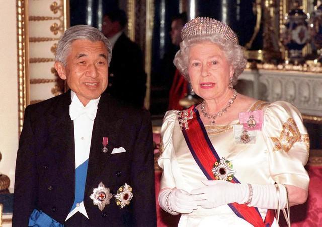 Hành trình 85 năm đi cùng nước Nhật của Nhật hoàng Akihito - Ảnh 21.