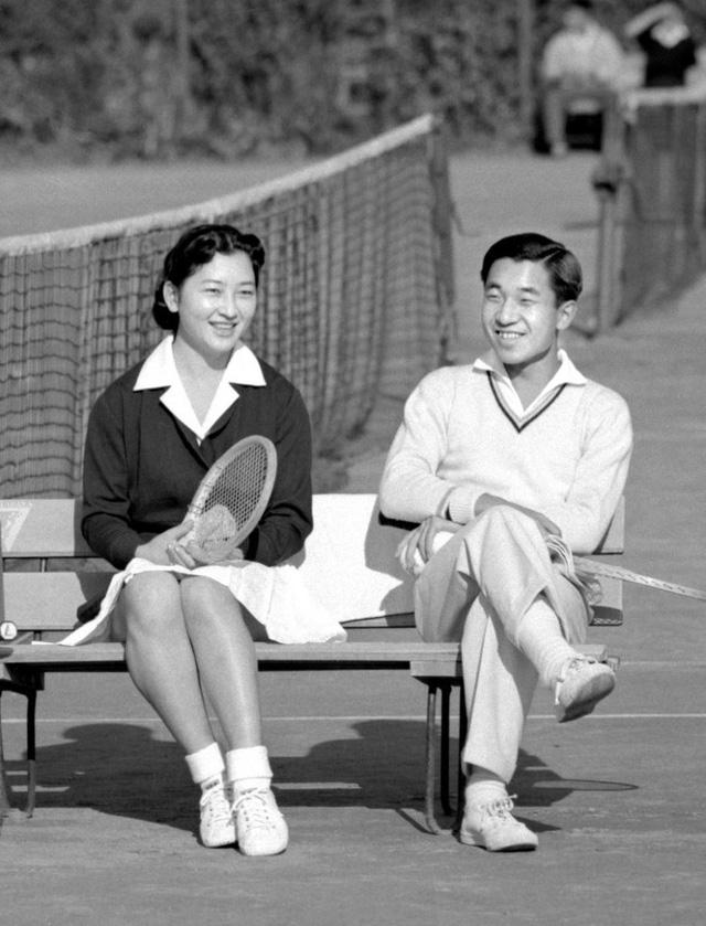 Hành trình 85 năm đi cùng nước Nhật của Nhật hoàng Akihito - Ảnh 5.