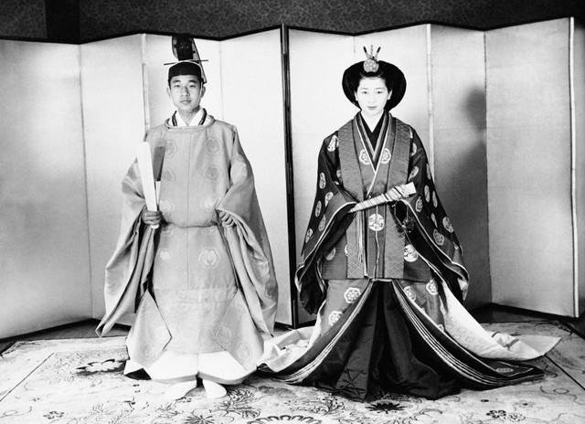 Hành trình 85 năm đi cùng nước Nhật của Nhật hoàng Akihito - Ảnh 7.