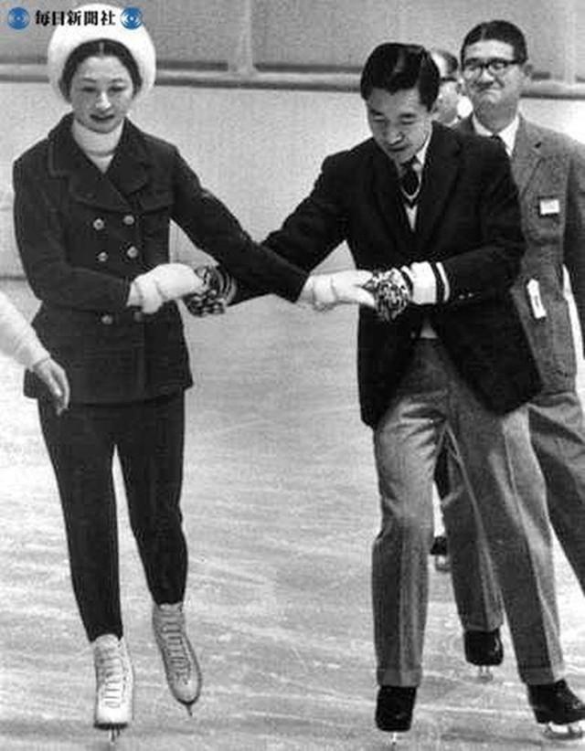 Hơn 60 năm trước, từng có chàng Thái tử Nhật Bản dám cãi lời bố mẹ, quyết cưới vợ thường dân rồi tự vẽ nên chuyện cổ tích khó tin - Ảnh 8.
