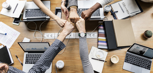 5 điều mà mọi nhân viên luôn tìm kiếm ở ông chủ của mình, ai có đủ nhất định thu phục được lòng người  - Ảnh 1.