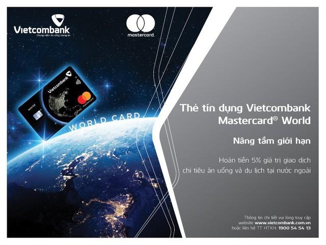 Vietcombank mạnh tay khuyến mãi dịp ra mắt thẻ Vietcombank Mastercard World - Ảnh 2.