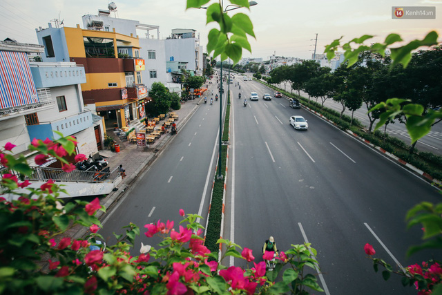 Sài Gòn bình yên lạ thường, đường phố vắng bóng phương tiện trong những ngày nghỉ lễ 30/4 - 1/5 - Ảnh 20.