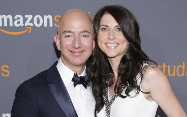 Ai cũng chú ý khối tài sản khổng lồ của Jeff Bezos hậu ly hôn nhưng đây mới là điều đáng để học hỏi nhất: Nếu đã hết duyên, hãy làm điều tử tế này vì nhau! - Ảnh 1.