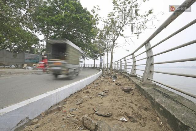 Hơn 100 tuyến phố tại Hà Nội đang được lát gạch bê tông vân đá - Ảnh 1.