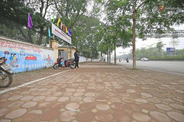Hơn 100 tuyến phố tại Hà Nội đang được lát gạch bê tông vân đá - Ảnh 11.