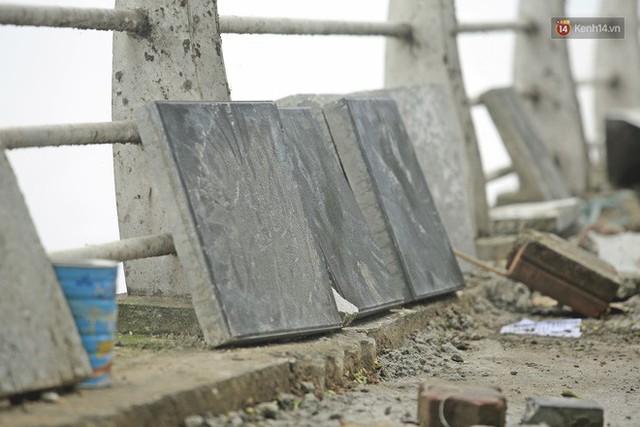 Hơn 100 tuyến phố tại Hà Nội đang được lát gạch bê tông vân đá - Ảnh 6.