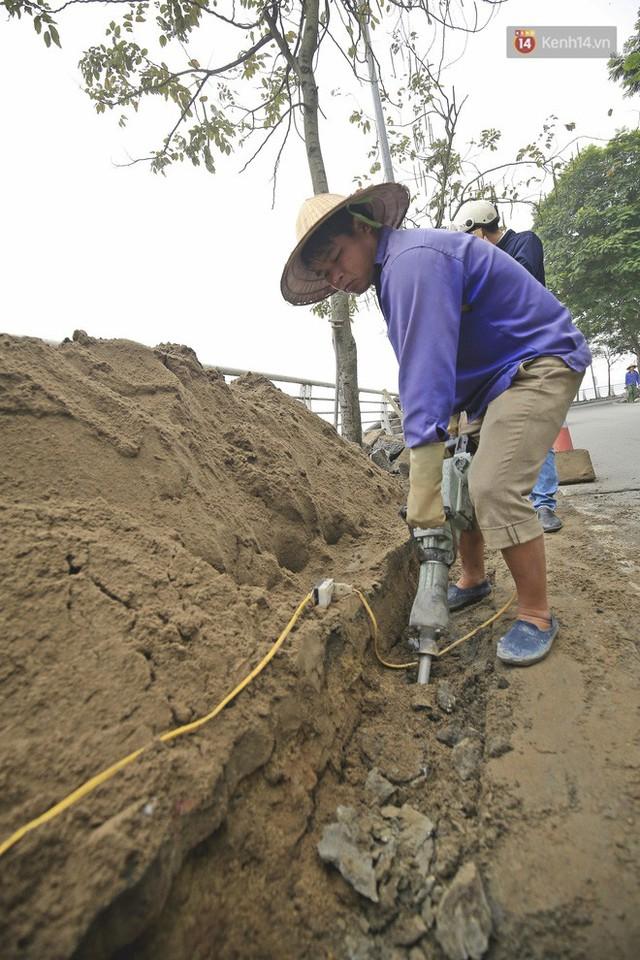 Hơn 100 tuyến phố tại Hà Nội đang được lát gạch bê tông vân đá - Ảnh 8.