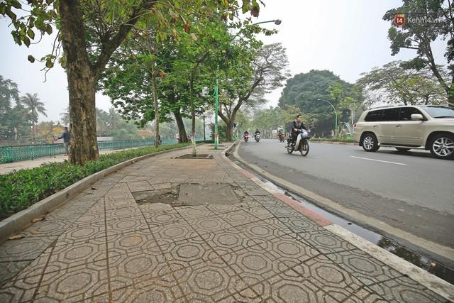 Hơn 100 tuyến phố tại Hà Nội đang được lát gạch bê tông vân đá - Ảnh 10.