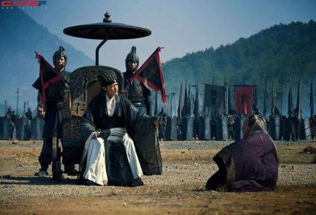 Là kẻ thù không đội trời chung nhưng khi Khổng Minh vừa trút hơi thở cuối cùng, Tư Mã Ý đã hét lên 5 chữ, người người nghe thấy đều phải bội phục - Ảnh 2.