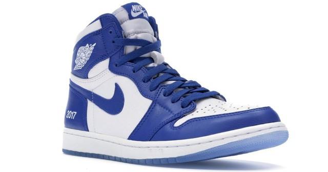 10 mẫu sneaker giá khủng đang được săn lùng, có đôi giá lên tới 160 triệu đồng - Ảnh 8.
