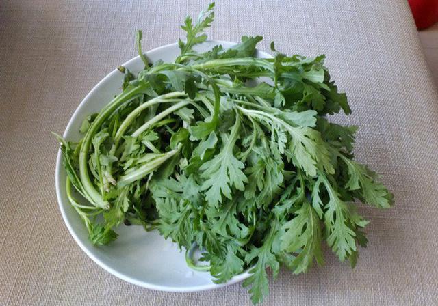 5 loại rau khó ăn nhưng lại có giá trị đặc biệt cao: Vừa là món ăn, vừa là thuốc quý - Ảnh 2.