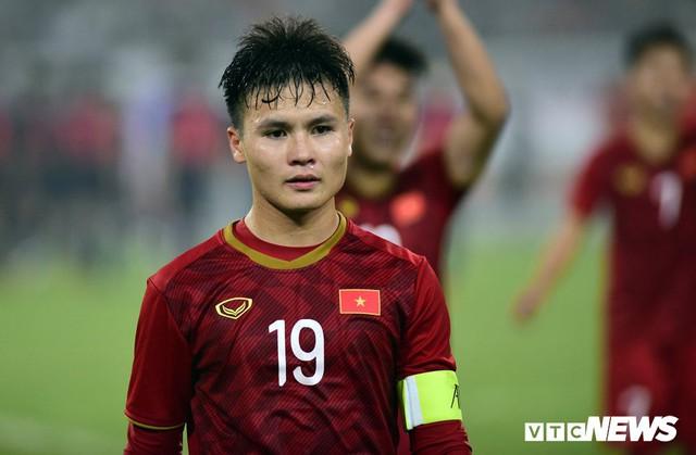 Từ mức giá của Quang Hải đến nỗi trăn trở của V-League - Ảnh 1.
