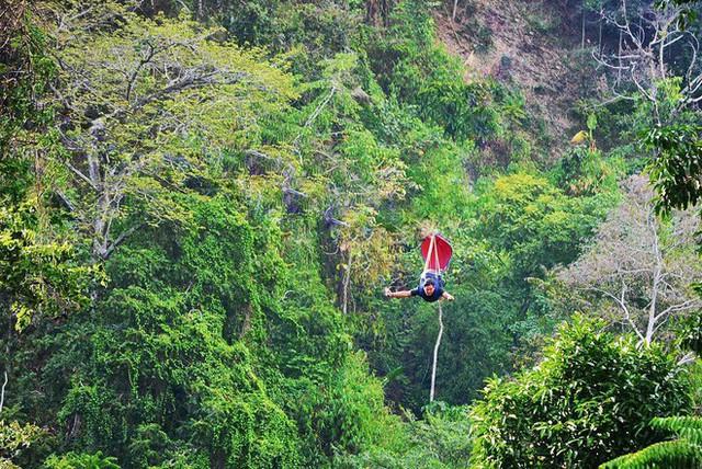 """Dân mạng """"rùng mình"""" với trải nghiệm treo người lửng lơ vượt các con thác cao nhất châu Á, liệu bạn có dám thử? - Ảnh 12."""