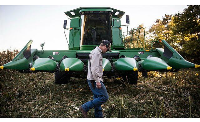 NYTimes: Góp công đưa ông Trump vào Nhà Trắng, cuộc chiến thương mại lại trở thành nỗi kinh hoàng với nông dân Mỹ - Ảnh 5.