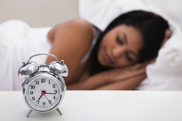 Những quan niệm đi ngược khoa học về giấc ngủ khiến ai cũng phải hối hận vì không biết sớm hơn - Ảnh 2.