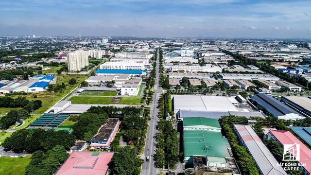 Giá thuê đất hấp dẫn, xu hướng dịch chuyển nhà máy từ Trung Quốc sang Việt Nam khiến thị trường BĐS công nghiệp nóng - Ảnh 1.