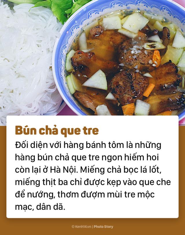 Khám phá ẩm thực Hà Nội thu vào chỉ trong một con ngõ - Ảnh 3.
