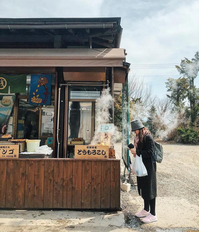 Thành phố của Nhật Bản yêu cầu khách du lịch không được ăn khi đi bộ, nguyên nhân khiến ai cũng bất ngờ - Ảnh 9.