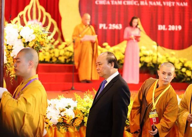Thủ tướng: Suy nghiệm lời Phật dạy để kiến tạo xã hội tốt đẹp hơn  - Ảnh 7.
