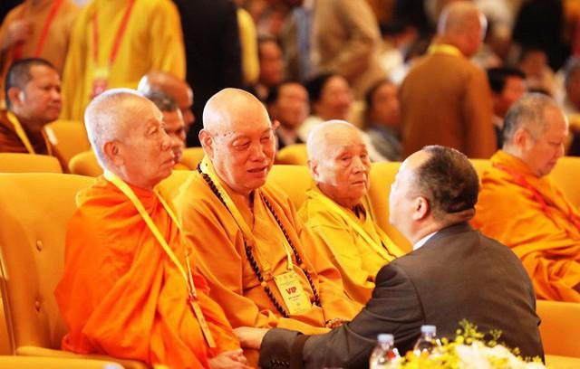 Thủ tướng: Suy nghiệm lời Phật dạy để kiến tạo xã hội tốt đẹp hơn  - Ảnh 10.