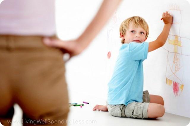 Cha mẹ dùng 9 câu nói cay độc này để kỷ luật con, chẳng những không hiệu quả mà còn khiến trẻ tổn thương sâu sắc - Ảnh 3.