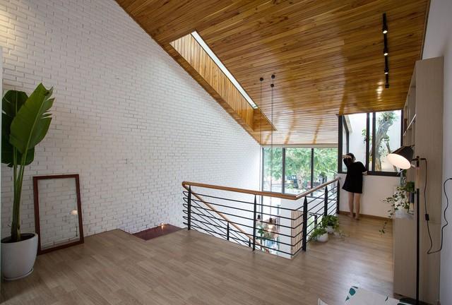 [Ảnh] Nhà ống 2 tầng ở Đà Nẵng có thiết kế đơn giản nhưng vẫn tuyệt đẹp - Ảnh 11.