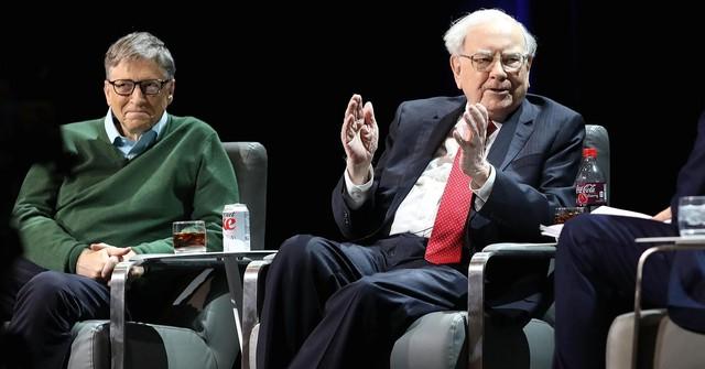 Độc chiêu của tỷ phú huyền thoại Warren Buffett: Dùng một dòng tiêu đề trên báo để đưa ra quyết định đầu tư quan trọng! - Ảnh 1.